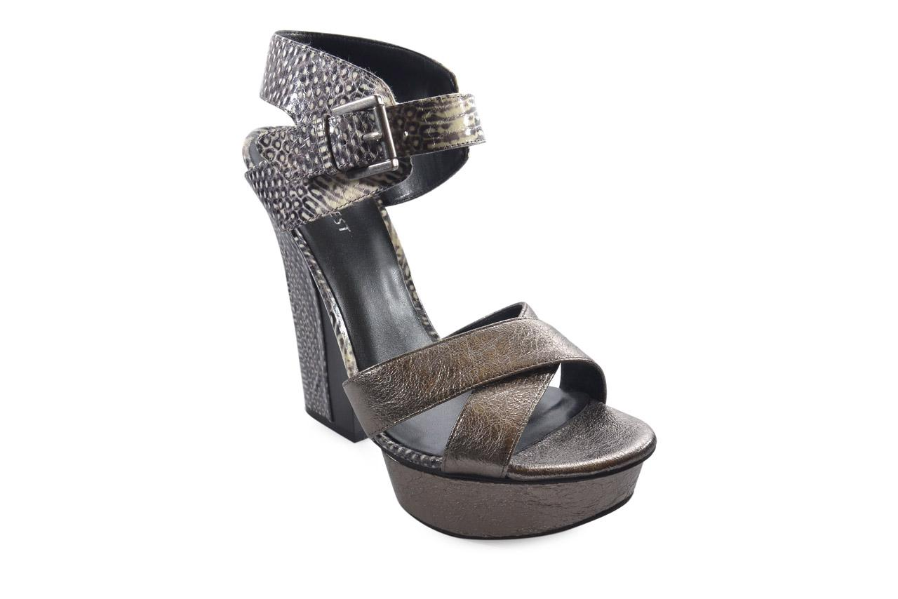 Nine West Nwharriets