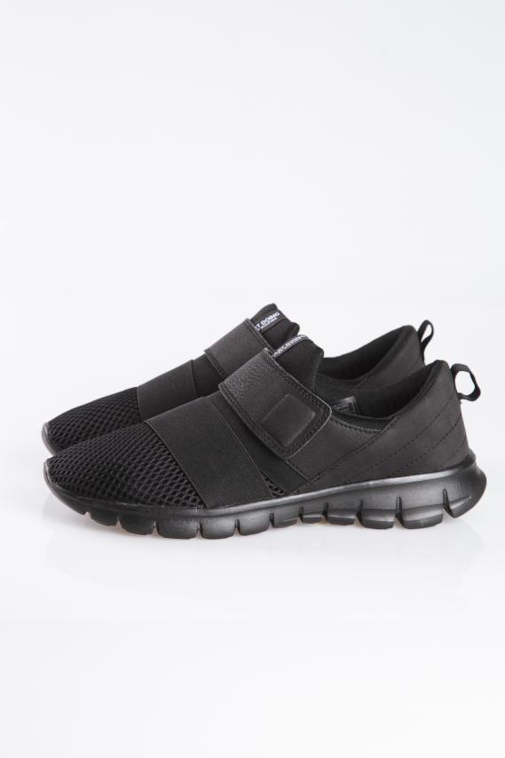 Jeanswear Zapatos Koaj Croatia 4/17